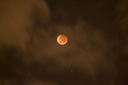 La Luna de Sangre: la profecía del final de los tiempos